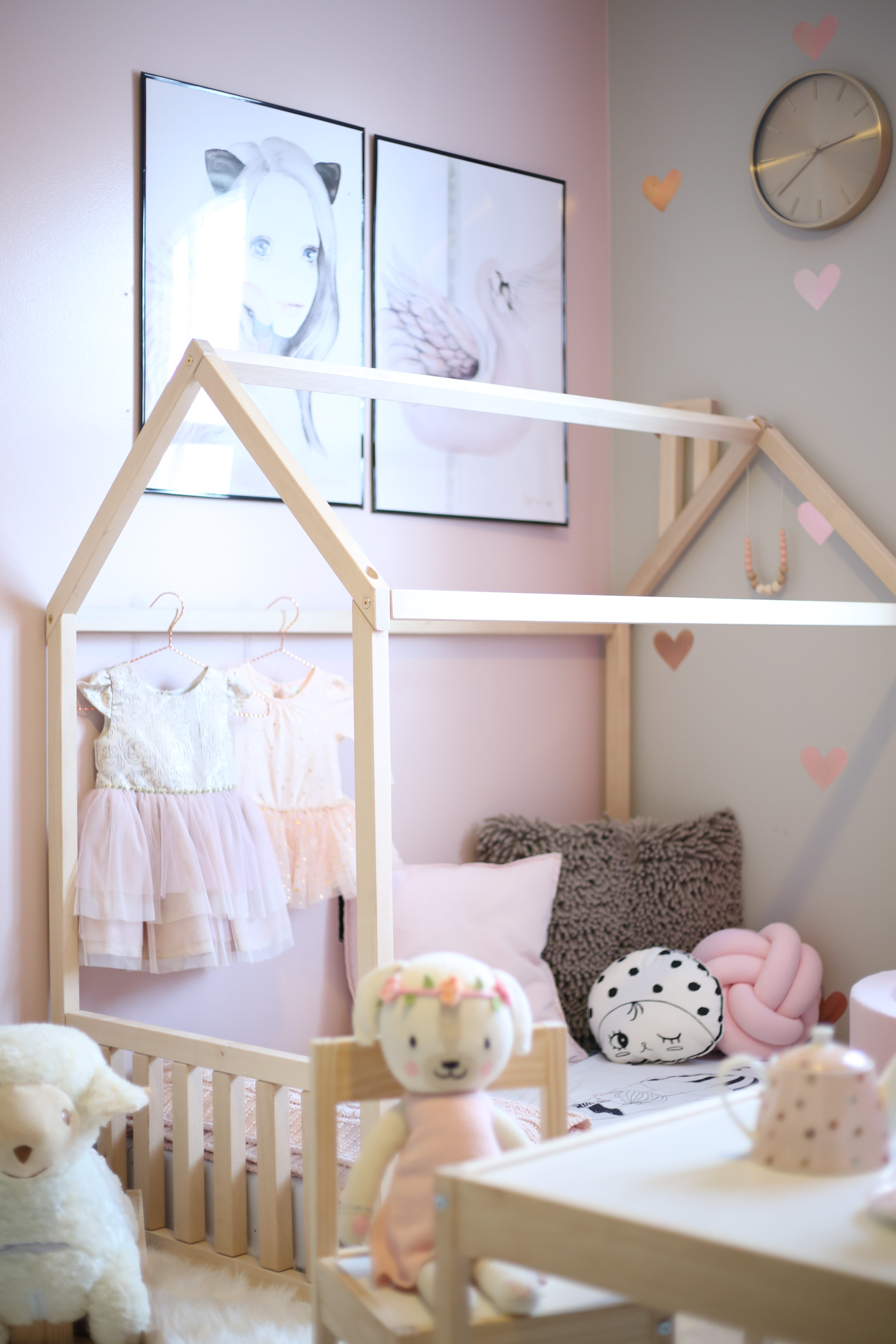 toddler play room